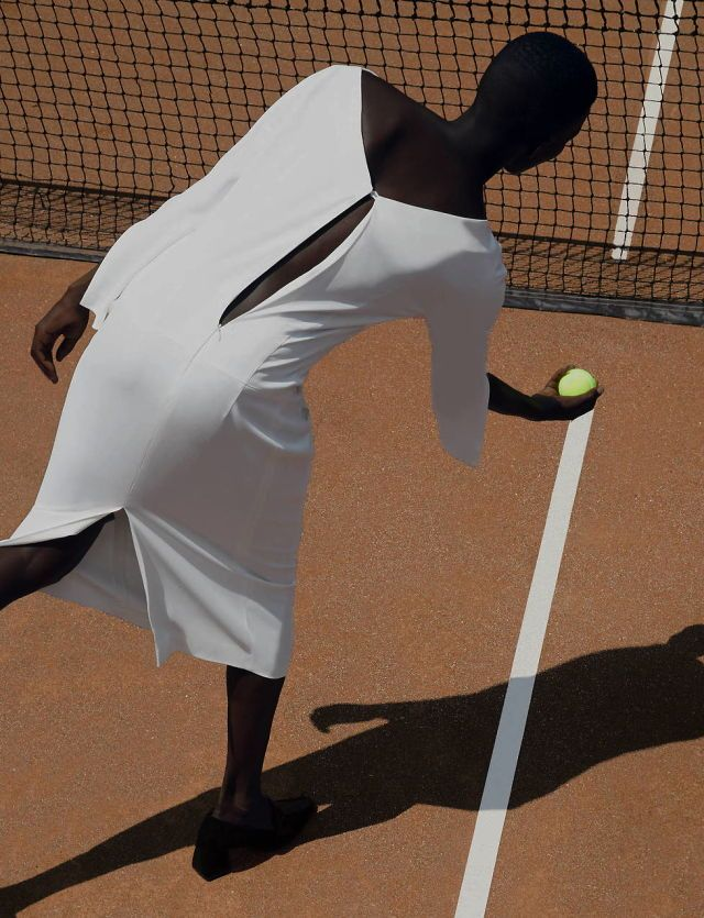 singles match : achok majak for the line august 2016