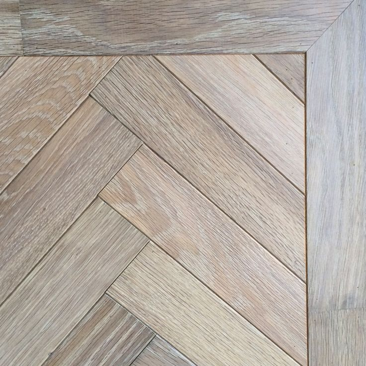 Our Oak Landmark Dyrham in a herringbone pattern gives a graceful modern twist on a much loved classic.