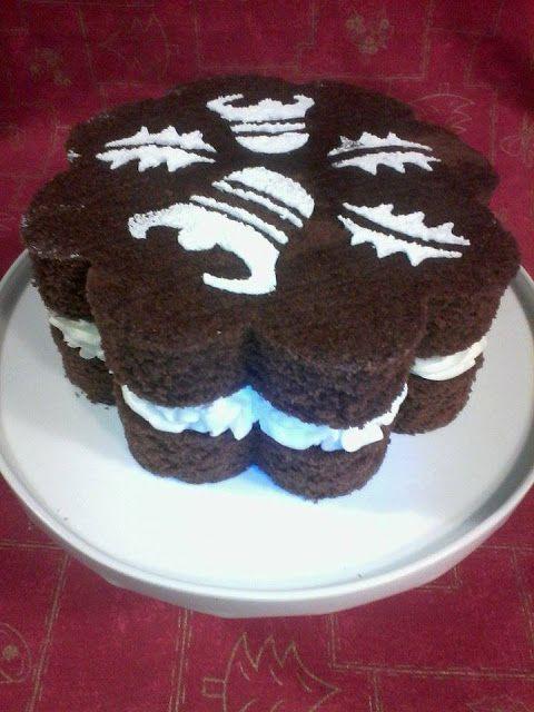 Deliciosa 4a feira: Bolo flor de chocolate com sinos...