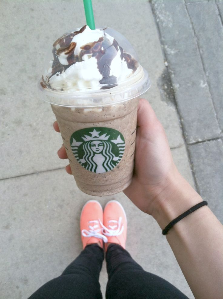 fiqhters:  tumblr can never have enough starbucks pictures (: so here is my java chip frappuccino <3