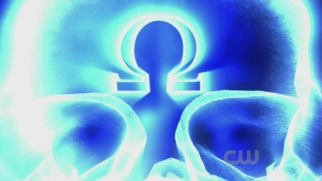 darkseid chest symbol darkseid symbol
