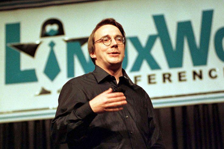 1991年8月25日、リーナス・トーヴァルズという名のコンピューターサイエンスを学ぶフィンランド人学生があるプロジェクトを発表した。彼はインターネットのメッセージシステムに「ぼくは(無料の) OSを手がけるつもりだ」と書き込み、ただの趣味でそれをやるのだと付け加えた。  だが、それはより大規模の、趣味を超えるものとなった。とんでもなく大きくなった。現在、そのオープンソース・オペレーションシステム(OSS)「Linux」は、世界で最も重要なコンピューターソフトウェアのひとつとなっている。