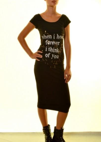 Γυναικείο φόρεμα midi 18,80€ https://www.rouhomania.gr/gynaikeia/foremata/gynaikeio-forema-midi