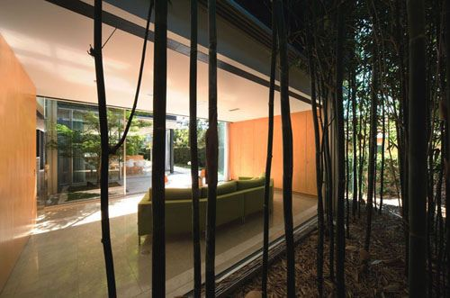 Szirtes House, Australia by Chenchow Little Architects