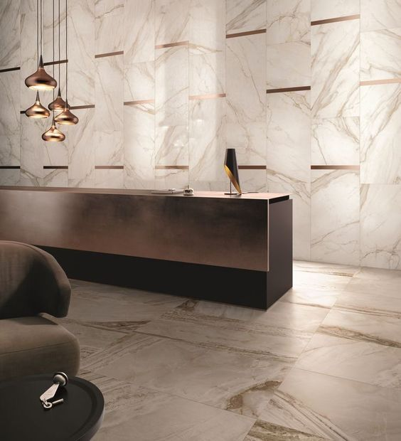 marble and brass feature wall / hotel lobby: