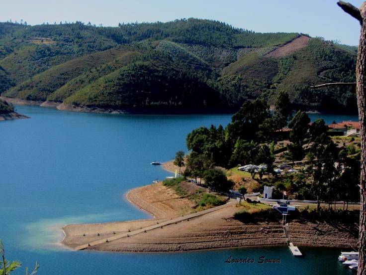 Ferreira do Zêzere (Lagoa Azul). Perto de Santarem