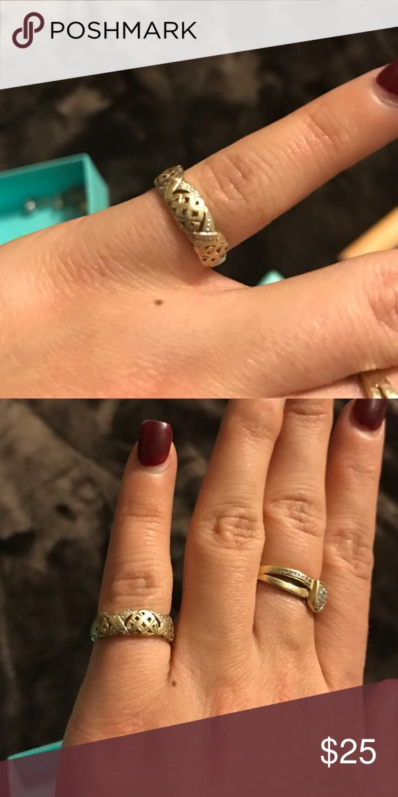 10k gold pinky ring for women or little girls 10 k gold xoxo ring. Can fit small finger or women's pinky. Jewelry Rings