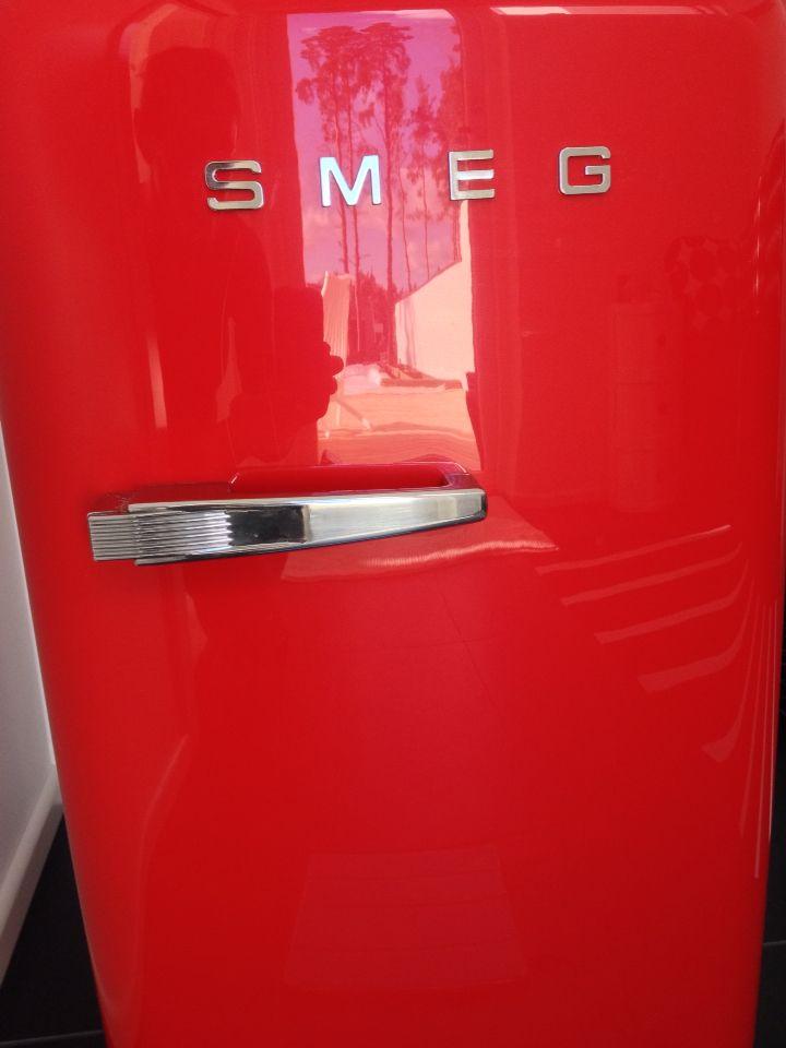 Jääkaappi saunajuomille Smeg