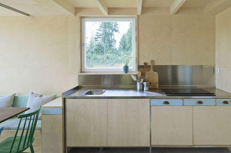 nowoczesna-STODOLA-Summer-House-in-Dalarna-Le-Qvarsebo-10