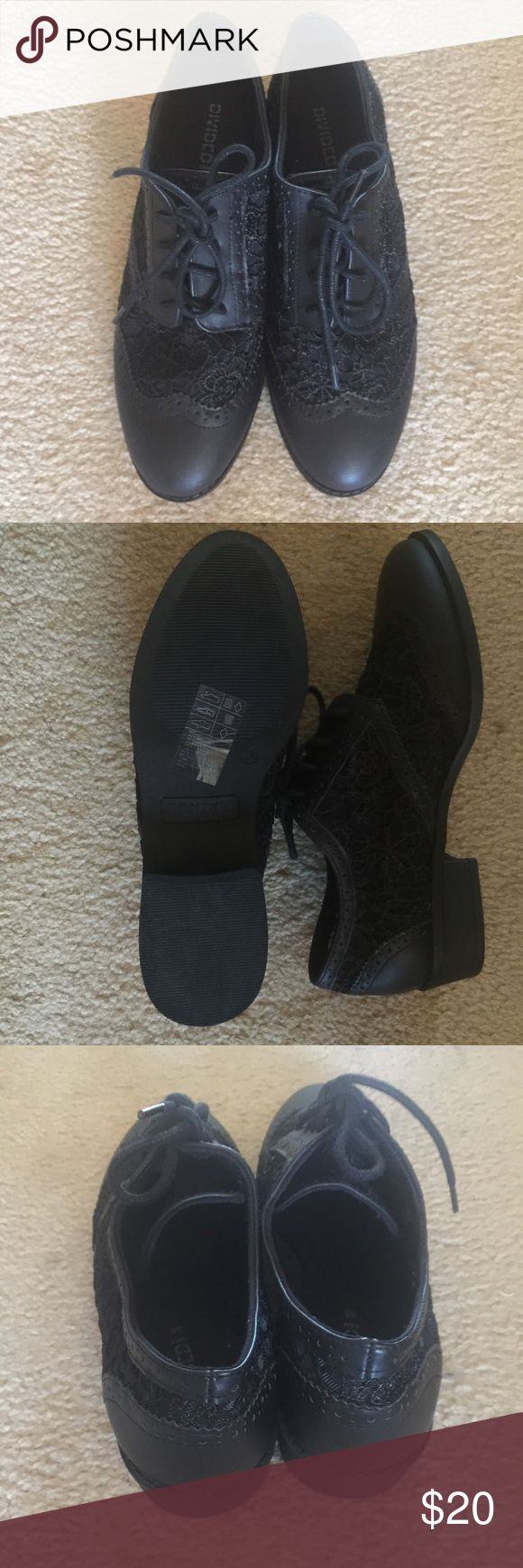 Black lace Oxford shoes. Brand new without tag really cute black lace oxfords. Size 8 by H&M ... Great with skinny jeans. Lace all over the shoe. H&M Shoes Flats & Loafers