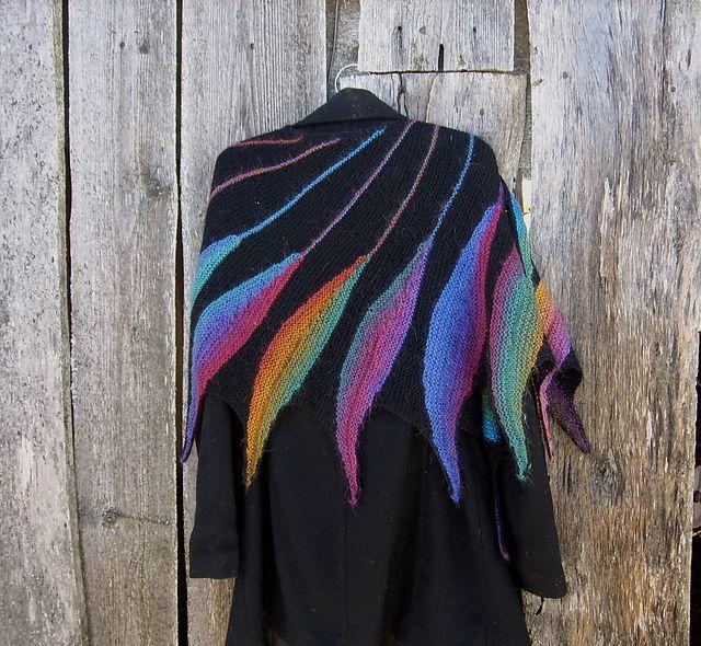 Beautiful shawl pattern on RavelryGlad I knit: Bird ...