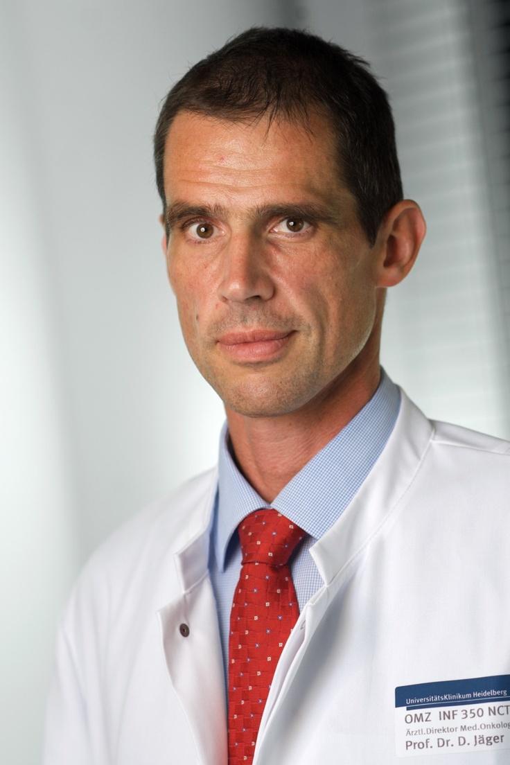 Weltkrebstag: DRK-Blutspender helfen Krebspatienten - Blutpräparate sind stille Begleiter in der onkologischen Behandlung: Am 4. Februar ist Internationaler Weltkrebstag (World Cancer Day) – Interview mit Prof. Dr. Dirk Jäger, Direktor des Nationalen Centrums für Tumortherapie Heidelberg (NCT). - Weitere Informationen: http://www.pr4you.de/pressemitteilungen.html | http://www.blutspende-nstob.de | http://www.pr4you.de | http://www.pr-agentur-gesundheitswesen.de