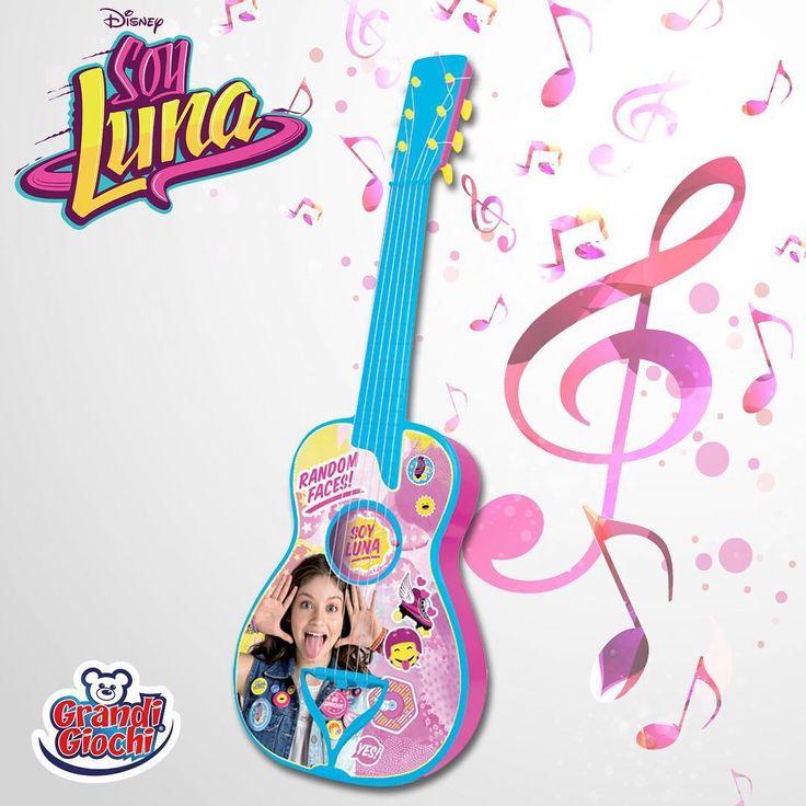 Musica, tanta musica con la Chitarra Soy Luna della Grandi Giochi! I vostri figli si sentiranno delle vere star!  Cosa aspetti? Cercala nei migliori negozi di giocattoli! #ChitarraSoyLuna #SoyLuna #GrandiGiochi #giochi #musica #chitarra #bambini #Natale2016 #RegaliNatale #regali