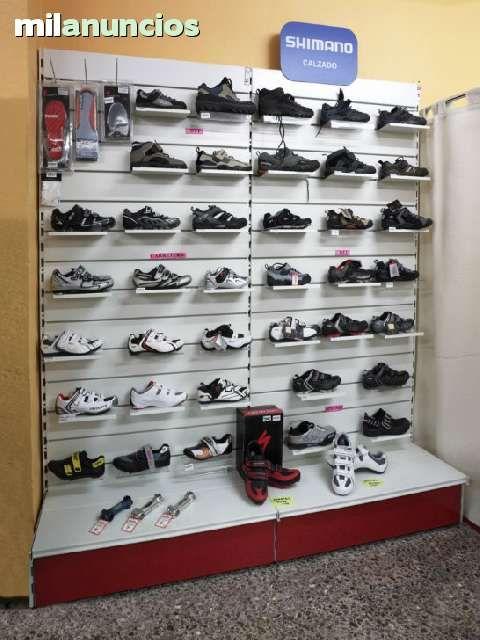 Estanter as y mostradores para tienda de confecci n deportes papelerias librerias etc m - Milanuncios barcelona muebles ...