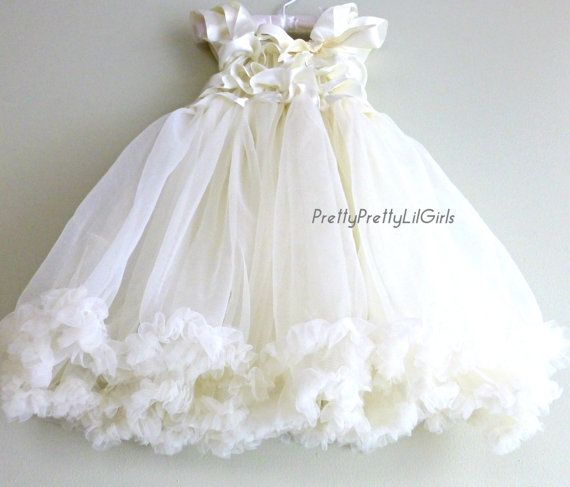 Flower Girl Dress Lace Girls Dress Girls by PrettyPrettyLilGirls, $29.99