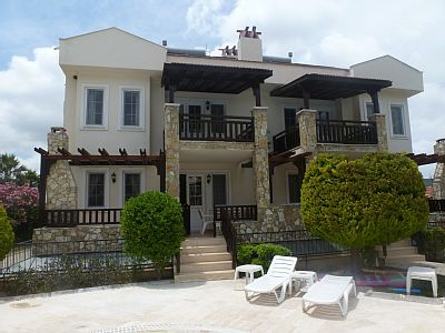 VRBO.com #10605ha - Luxury 5 Bed Villa with Cafe Bar and 2 Pools
