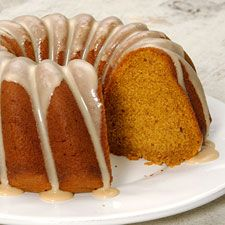 Gluten-Free Pumpkin Cake :    5 large eggs 3 tablespoons molasses 1 can (about 15 ounces) pumpkin purée 3/4 cup vegetable oil 1 box Gluten-Free Yellow Cake Mix 1/2 cup cornstarch 1/4 teaspoon baking soda 1 tablespoon pumpkin pie spice* *Or substitute 2 teaspoons ground cinnamon, 1/2 teaspoon ground ginger, and 1/4 teaspoon ground cloves
