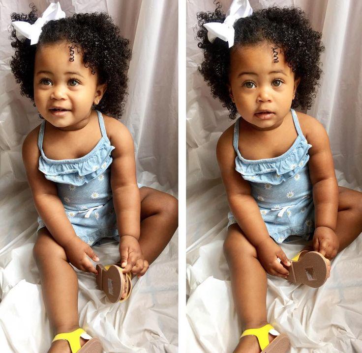 Love her little curls! @miatheminidiva - https://blackhairinformation.com/hairstyle-gallery/love-little-curls-miatheminidiva/