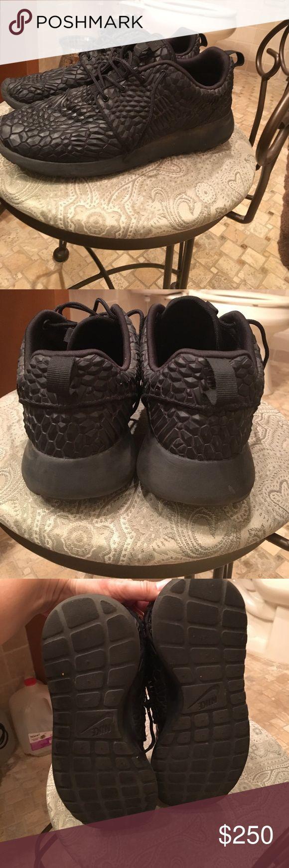 Roshe all black crocodile Rare all black Nike Shoes Sneakers