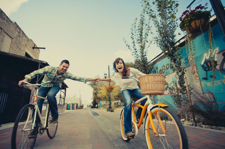 Fun & carefree on sweet lil cruisers Photography by Harper Point Photography http://www.storyboardwedding.com/tour-de-fat-beers-bikes-themed-fort-collins-colorado-engagement-session/