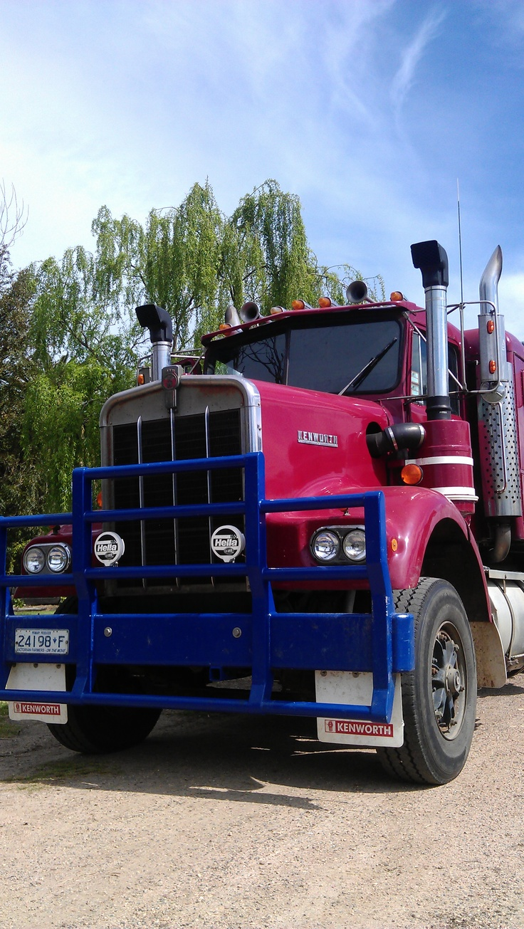Interstate Trucking Reviews >> 1000+ images about Old Aussie Trucks on Pinterest | Models ...