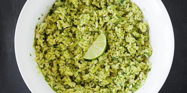 Rijst met avocado, koriander en limoen