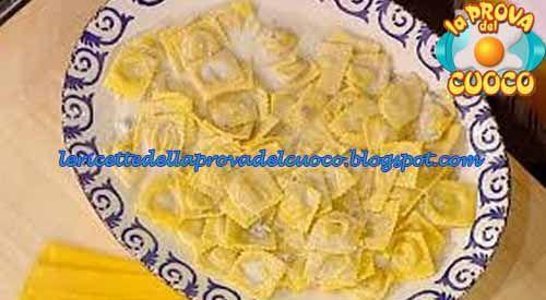 Ravioli di patate e mortadella ricetta Alessandra Spisni