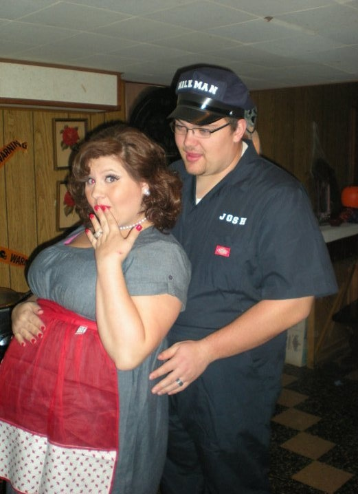 halloween costume pregnancy - Pregnant Halloween Couples Costumes