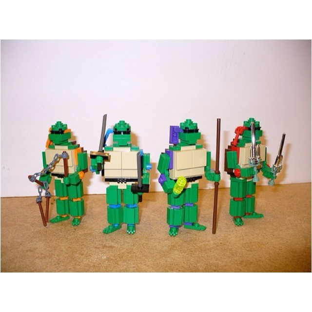 Teenage Mutant Lego Turtles!