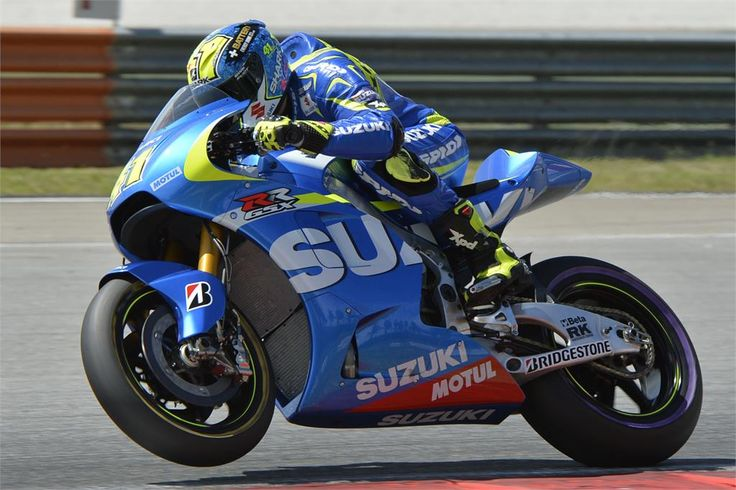 Aleix Espargaro shakes down the new GSX-RR at Sepang/
