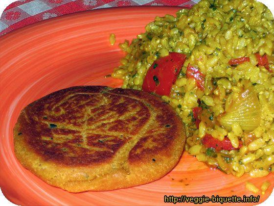 Filet de lupin vegan 300 g de farine de lupin Bio 100 g de gluten Bio 40 cl d'eau 2 cs de sauce soja 3 cs de bouillon de légumes Bio en poudre (Rapunzel) 1 cs gingembre de poudre 1 càc de cardamome en poudre 1/2 càc d'ail en poudre 1 càc de coriandre en poudre 1 et 1/2 càc de paprika 2 cs d'origan 1 càc de sel 2 cs d'huile d'olive 1 cs de sirop d'agave