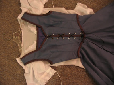 Confessions of a Seamstress: Belle Blue Dress Directions - Part 3