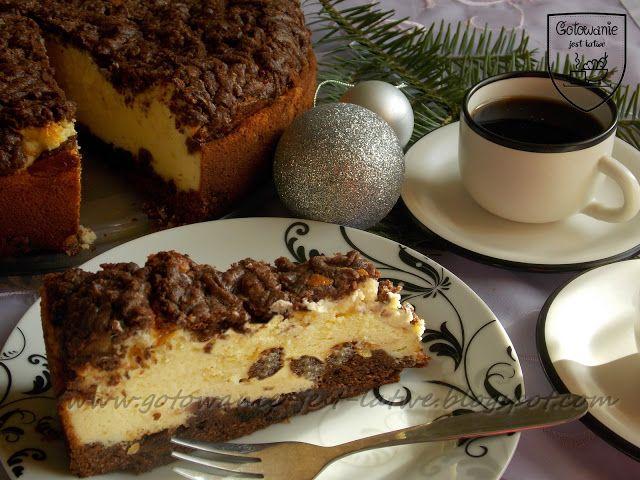 Gotowanie jest łatwe: Sernik z wiśniami w kakaowym cieście