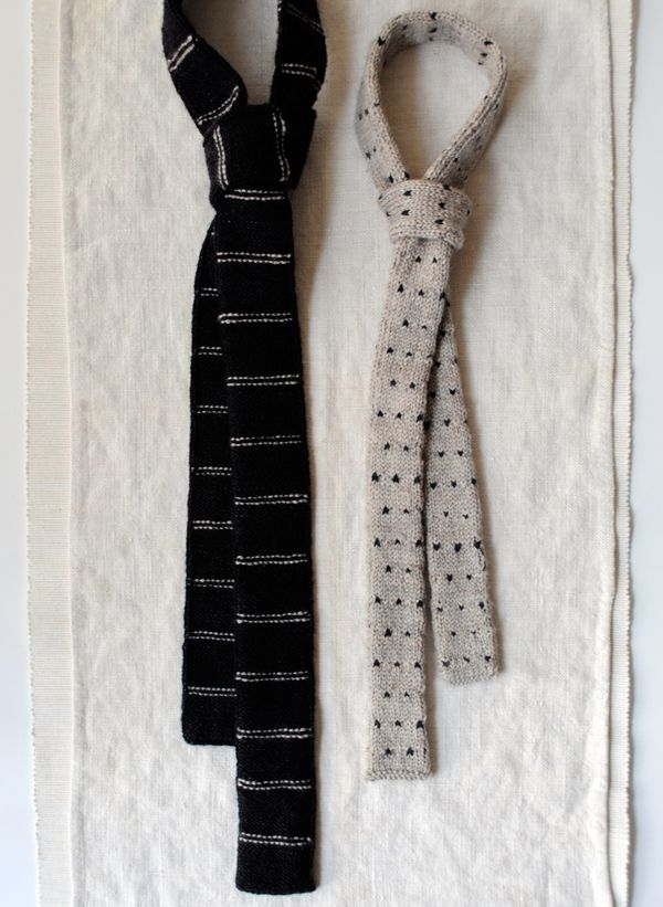 Knitted Necktie Pattern : Knit ties # mens fashion Recycled tie projects Pinterest