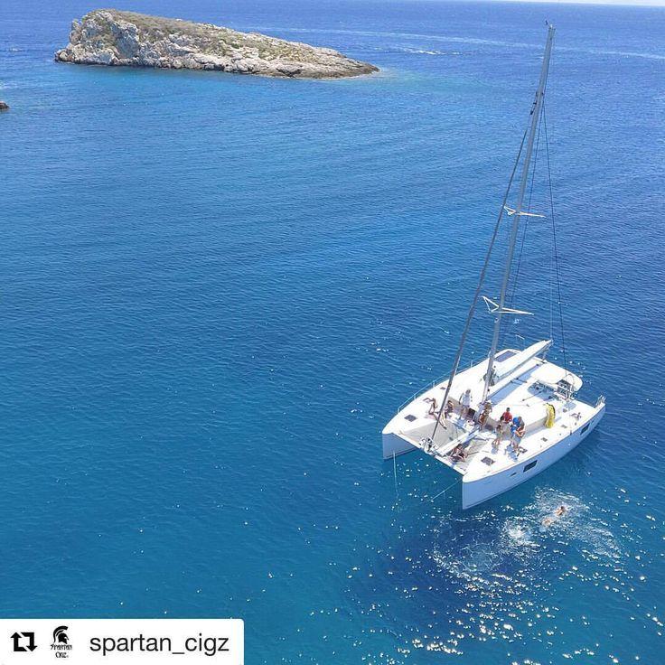 Daydreaming!  (Repost @spartan_cigz) ➜ Explore Athens Riviera: www.sailingathens.com Δείτε τη μετάφραση
