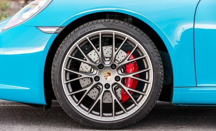 2017 Porsche 911 Carrera S Wheel