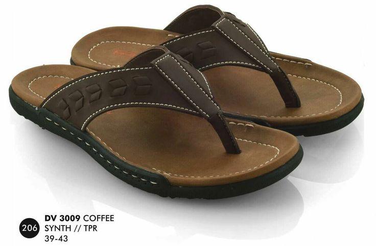 Sandal Pria merek Everflow brand asli Bandung. Nyaman digunakan dan bahan terbukti nyaman digunakan.  Silahkan order dan jangan lupa untuk cek stok terlebih dahulu.   Tersedia ukuran: 39 – 43  Warna: COFFEE  Bahan: SINTETIS   Rp. 130.000