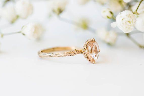 Morganite 14k gold classic engagement ring, solita…Edit description