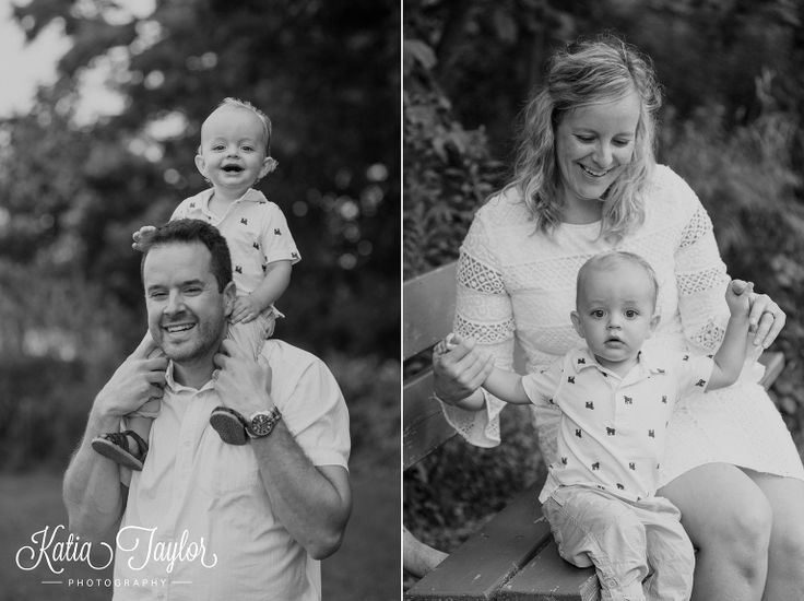 Classic black and white family photos. Brueckner Rhododendron Park. Toronto Family Photography