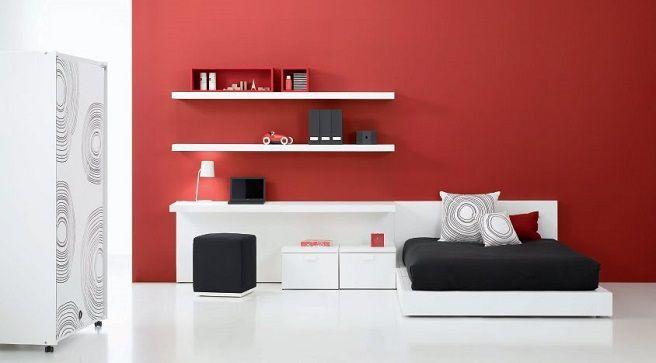 #Rojo: Un tono dominante. El rojo combina bien con la sofisticación de las telas gruesas como las lanas. Es el color más cálido de todos, por lo que hay que usarlo con cuidado y nunca en ambientes con poca luz, ya que lo único que conseguirás será reducir el espacio.