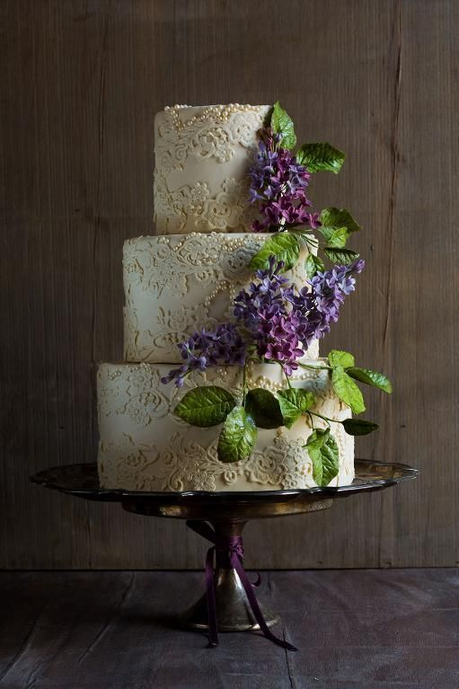 Lace Wedding Cake with Lilac Sugar Flowers | Cake by Modern Lovers