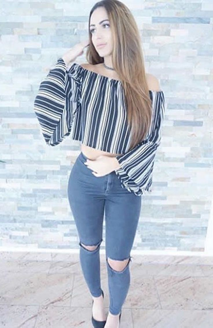 Strike a Pose // Cool and sexy @maaajciii wearing her striped bell sleeves off-shoulder crop top. #LBSDaily