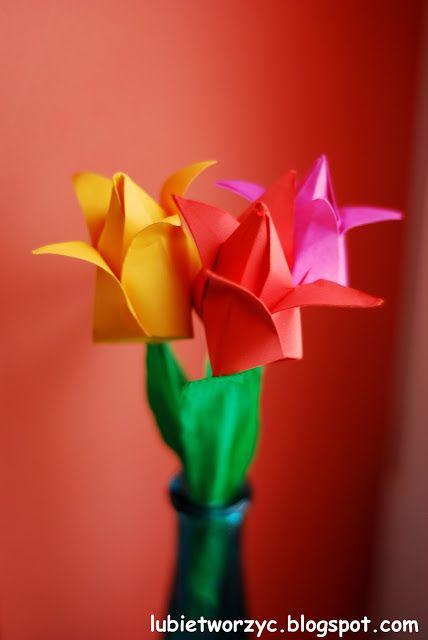 Wiosenne tulipany origami :)  #wiosna #spring #kwiaty #flowers #kwiatyzpapieru #paperflowers #DIY #howto #handmade #instructions #papercraft #lubietworzyc #sposobwykonania #instrukcja #jakzrobic #tulip #tulipan #origami