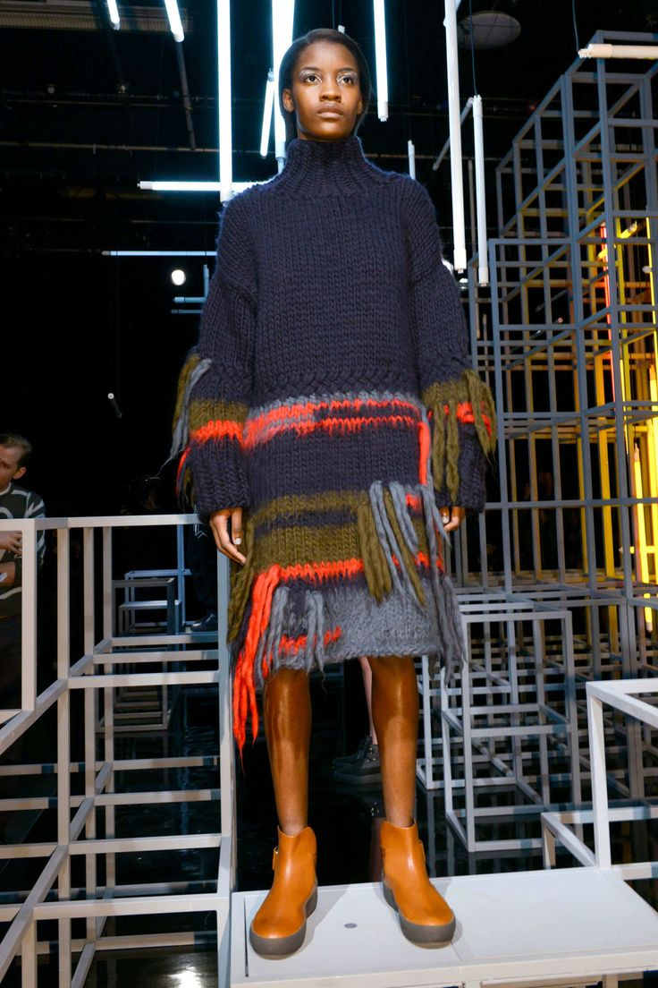FALL 2016 RTW CHRISTOPHER RAEBURN COLLECTION chunky sweater boots LFW fashion week