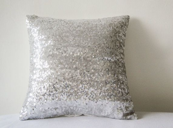 Shiny Silver Sequin Pillow Cover makkariin
