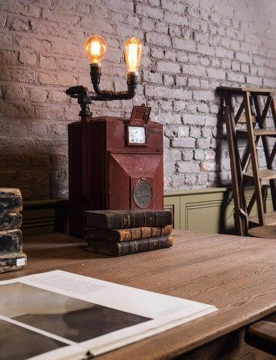 Industrial vintage lighting art - The Gaslamp - #WoonTheater