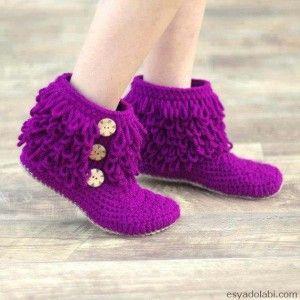 Mor renkli örgü çorap
