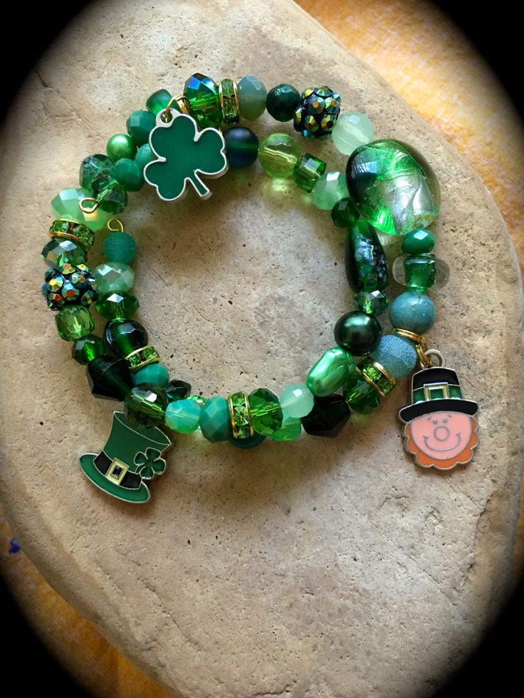 ST. PATRICK'S Day CHARM Bracelet-Shades of Green-Leprechaun-Luck o the Irish-Shamrock Charm-Green and Gold-March 17-Pug Rescue-One of a Kind