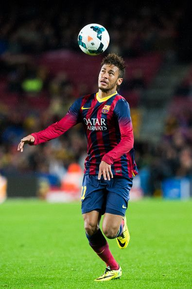 Neymar Santos Jr of FC Barcelona controls the ball during the La Liga match between FC Barcelona and RC Celta de Vigo at Camp Nou on March 26, 2014 in Barcelona, Catalonia.