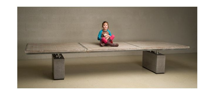 Sweet girl on table  http://www.grote-tafel.eu/